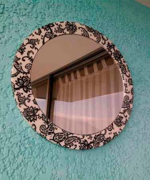 Como Decorar un Marco de Espejo con Tela